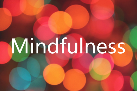 mindfulness word on colorful background bokeh Banque d'images