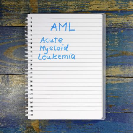 leucemia: LMA - leucemia mieloide aguda diagnóstico por escrito en el cuaderno Foto de archivo
