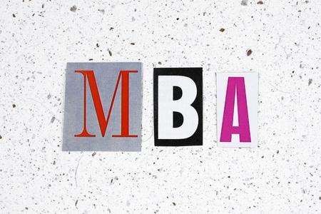 administracion de empresas: MBA (Master of Business Administration) acrónimo de la textura del papel hecho a mano