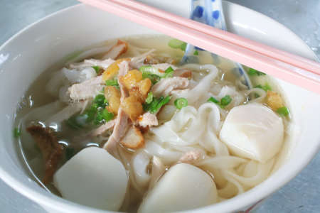 broth: rice noodle soup in clear broth
