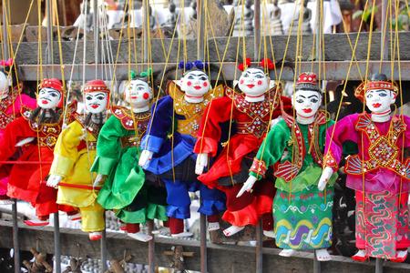 marioneta de madera: t�teres, marionetas sobre Myanmar, antigua Birmania madera, Myanmar marioneta de madera.