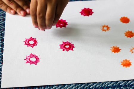 Kinder Farbe Pumpe, Farbe Pumpe, Kinder Pumpe, Aktivitäten Für Die ...