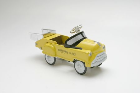dump truck: Pedal Car Toy - Dump Truck