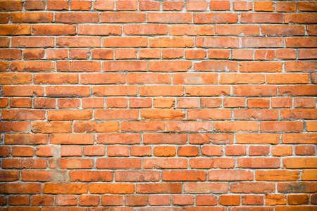 brique: vieux fond de mur de briques rouges  Banque d'images