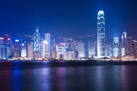 Scènes de nuit de Hong Kong au port de victoria Banque d'images - 9663209
