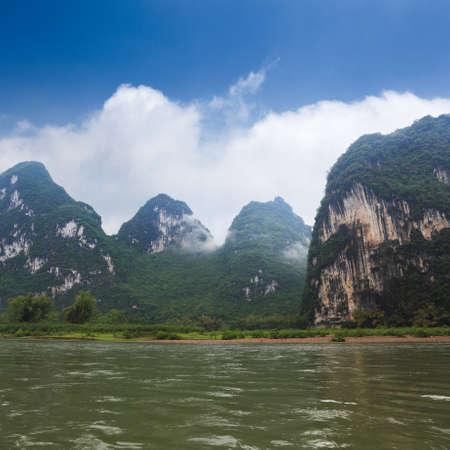 krásné krasové kopce v Lijiang řeky, Guilin, Čína Reklamní fotografie - 14409858