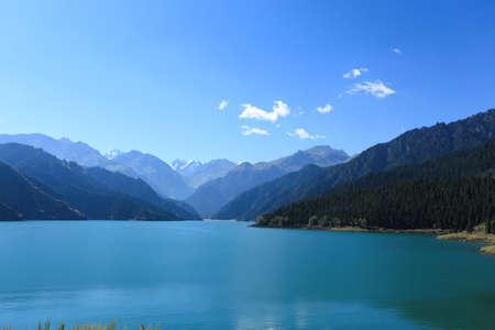 xinjiang: céleste lac, sinkiang, Chine