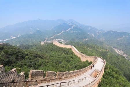 muralla china: famosa muralla en Badaling grande en Beijing, China Foto de archivo