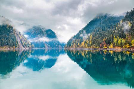 long lake: beautiful long lake at jiuzhaigou,  Jiuzhaigou is a nature reserve famous for its colorful lakes located in the Tibetan-Qiang, Sichuan,China.