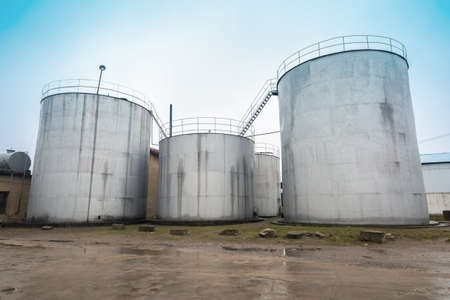 grain storage: cottonseed oil storage tank in grain and cooking oil processing plant