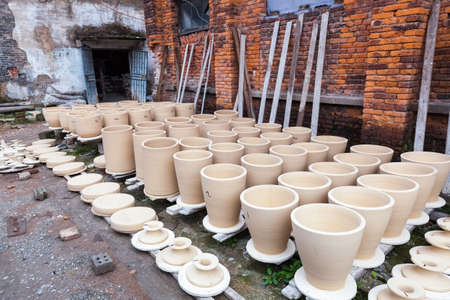 blanks: drying porcelain blanks, traditional handmade porcelain production process