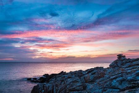 koh samet: beautiful sunset scenery of the sea in koh samet island,thailand. Stock Photo