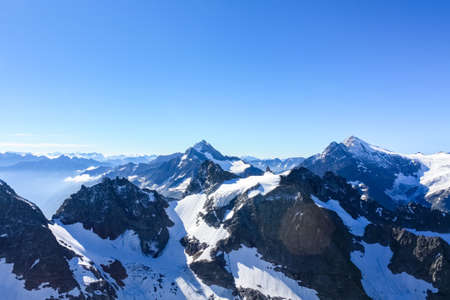 titlis snow mountain, titlis peak, is a famous alpine scenic spot with an altitude of 3238 meters.In the central Swiss state of Obwalden.