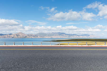 highway and beautiful natural scenery, qinghai province, China Imagens