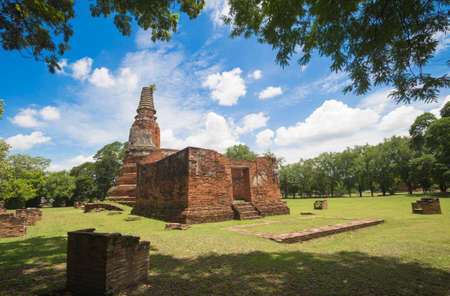 Pagoda in the temple in Ayutthaya province. 스톡 콘텐츠