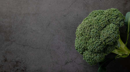 broccoli on black background, top view, copy space Reklamní fotografie - 155703436