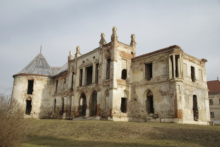 Bon&amp,#539,ida, commune in Cluj County, Romania. The baroque castle, partly destroyed during World War II and neglected by the communist regime in Romania, it is currently being restored Stock Photo