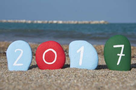Renkli taşlar üzerinde 2017 Yeni Yılınız Kutlu Olsun