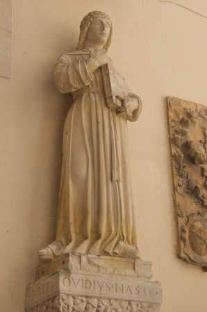 naso: Publius Ovidius Naso, statue, Sulmona , Italy