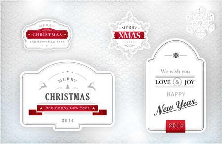 """effetti di luce: Set di etichette di """"Buon Natale e Felice Anno Nuovo"""" e fiocchi di neve in eleganti tonalit� di grigio, argento, bianco e rosso su sfondo con texture argento con effetti di luce."""