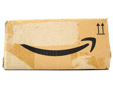 Italy – August 10, 2019: Used AMAZON Shipping Package Parcel Cardboard Box. Amazon is an American Multinational Technology Company of e-commerce Stockfoto - 150130839