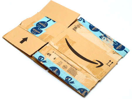 Italy – August 10, 2019: Used AMAZON Shipping Package Parcel Cardboard Box. Amazon is an American Multinational Technology Company of e-commerce Stockfoto - 150130851