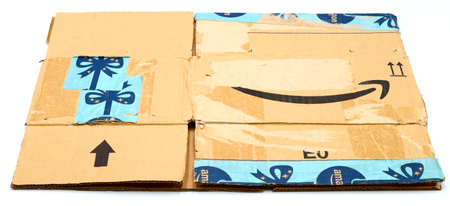 Italy – August 10, 2019: Used AMAZON Shipping Package Parcel Cardboard Box. Amazon is an American Multinational Technology Company of e-commerce Stockfoto - 150130852