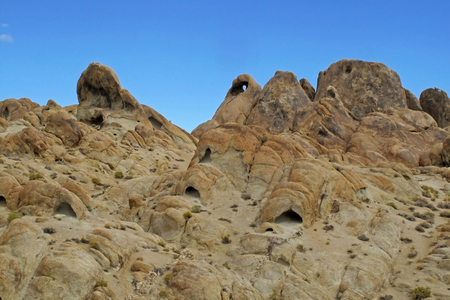 Heart Arch in the Alabama Hills west of Lone Pine, California, USA