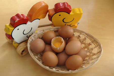 picture of a group of eggs and one of them is broke Stock Photo - 4856158