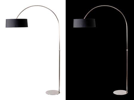 Contemporáneo piso metálico y negro de la lámpara en fondo blanco y negro. Clipping camino incluido para ambos, por lo que fácilmente se puede cortar y colocar en la parte superior de un diseño. Foto de archivo
