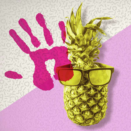 frutas divertidas: Happy summer concept, fun pineapple fruit wearing retro hipster sunglasses on colorful background with hand print symbol.