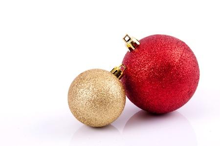 De decoratievoorwerpen van Kerstmis op witte achtergrond Stockfoto
