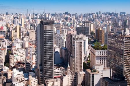 Ciudad? de Sao Paulo con el fin de las torres de la avenida Paulista Foto de archivo - 10620202