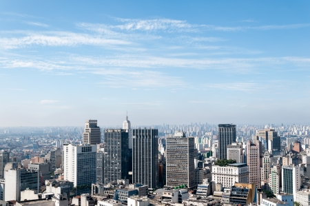 Luchtfoto van de gebouwen dicht bij de Anhangabaú vallei in de stad Sao Paulo Stockfoto - 14481194