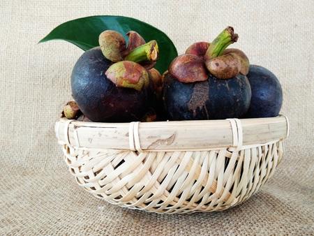 the mangosteens in the basket Archivio Fotografico
