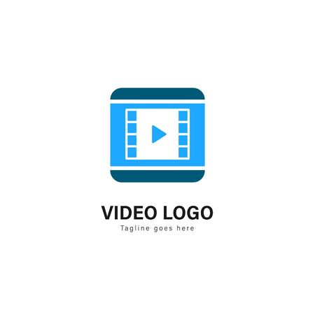Video logo template design. Video logo with modern frame isolated on white background Banque d'images - 129276591