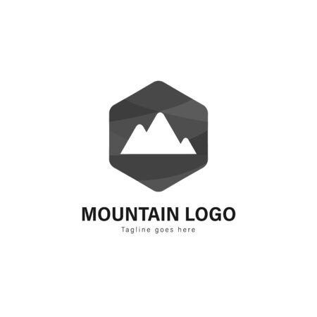 Mountain logo template design. Mountain logo with modern frame isolated on white background Banque d'images - 129369814