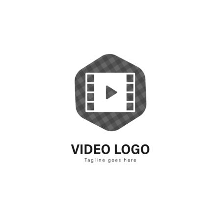Video logo template design. Video logo with modern frame isolated on white background Standard-Bild - 129492578