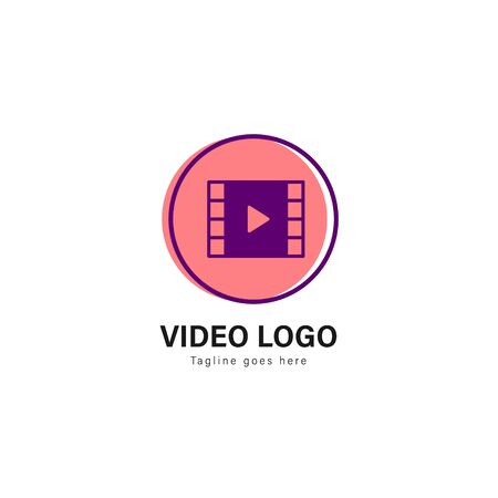 Video logo template design. Video logo with modern frame isolated on white background Standard-Bild - 129494646