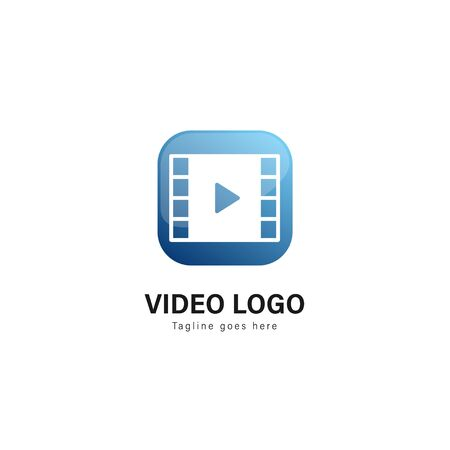 Video logo template design. Video logo with modern frame isolated on white background Standard-Bild - 129530967