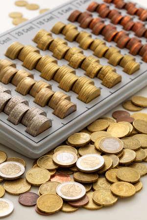 european union currency: Uni�n Europea moneda, Bandeja de monedas Foto de archivo
