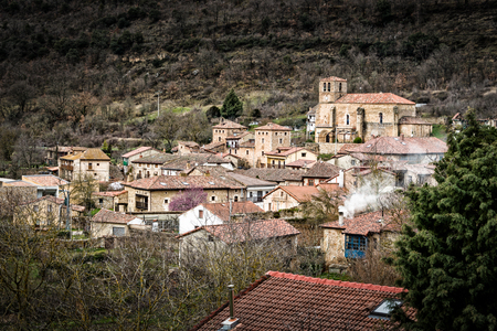 origins: Escalada village in the province of Burgos, it has its origins in the Middle Ages.