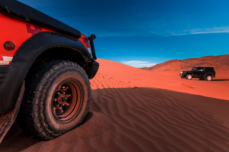 Driving 4x4 vehicles on the dunes