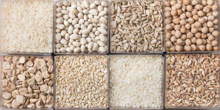 Huit céréales et légumineuses blanches Banque d'images