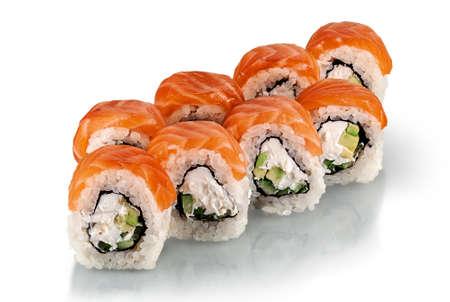 Pochi pezzi di rotoli di sushi Philadelphia