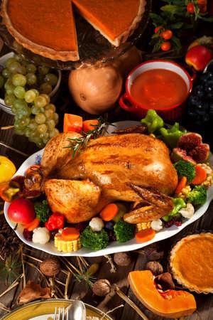 roast turkey: Traditional Thanksgiving Dinner Stock Photo