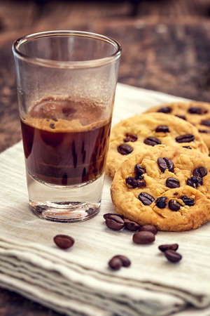choco chips: Homemade Oatmeal Cookies with espresso coffee