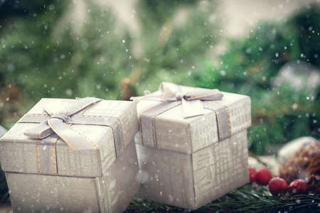 クリスマスの背景に装飾、ギフト用の箱 写真素材