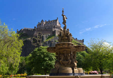 princes street: View of Edinburgh Castle from Princes Street Gardens with the Ross Fountain, Scotland, Europe