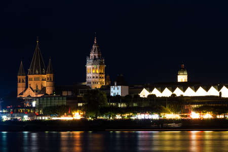 MAINZ: Romanesque cathedral of Mainz at night, Germany